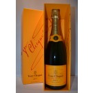 VEUVE CLICQUOT CHAMPAGNE BRUT YELLOW LABEL W/BOX 750ML
