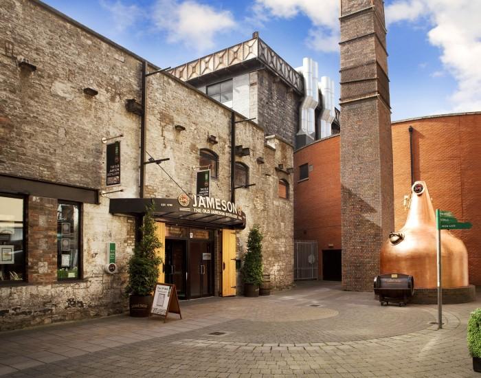 Irish distillers- beautiful distilleries around the world